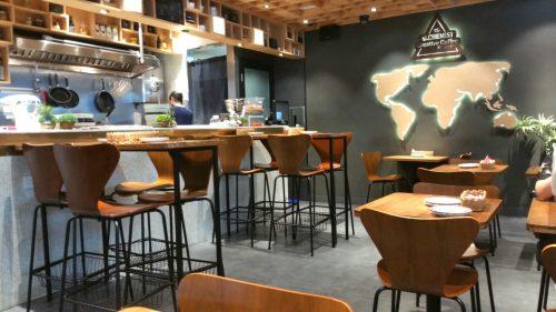 尖沙咀カフェの店内