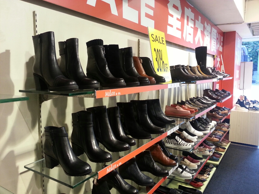 香港の靴のセール