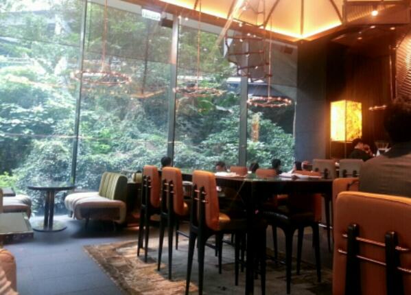 AMMOのオシャレレストラン