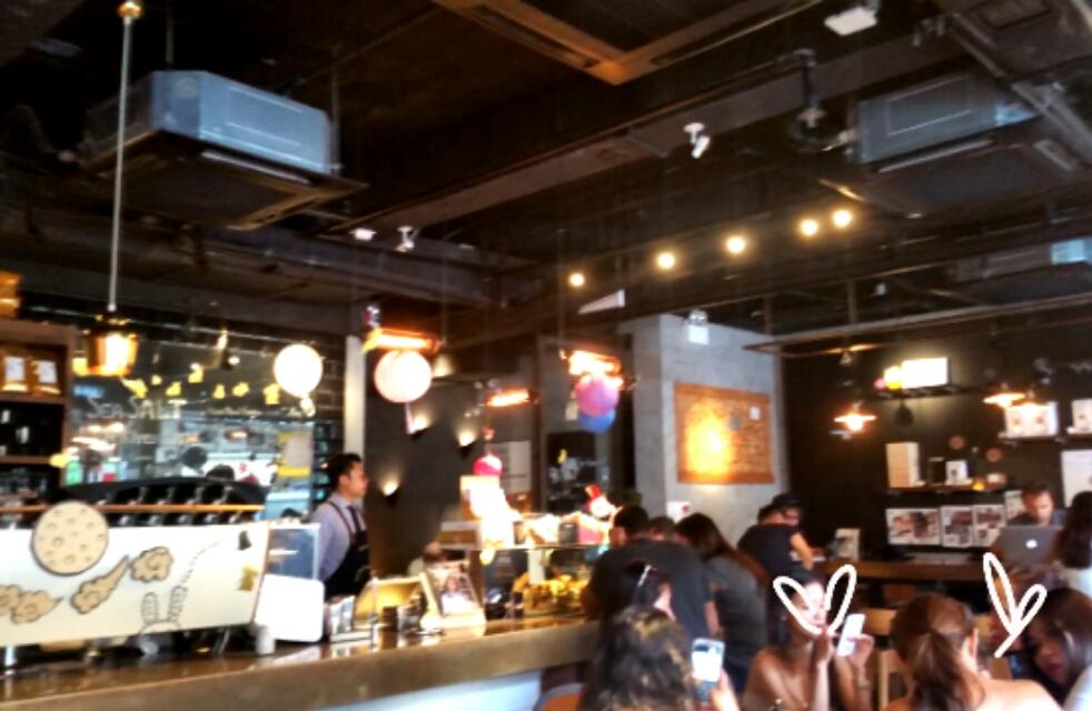 香港カフェ店内