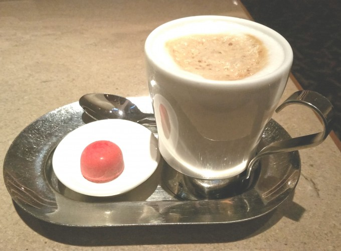 香港ホテルで飲むカフェ