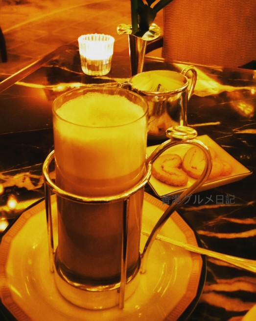 ペニンシュラ香港のカフェ
