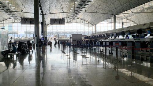 香港国際空港ロビー