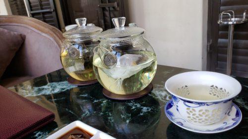 ティーポットの中国茶
